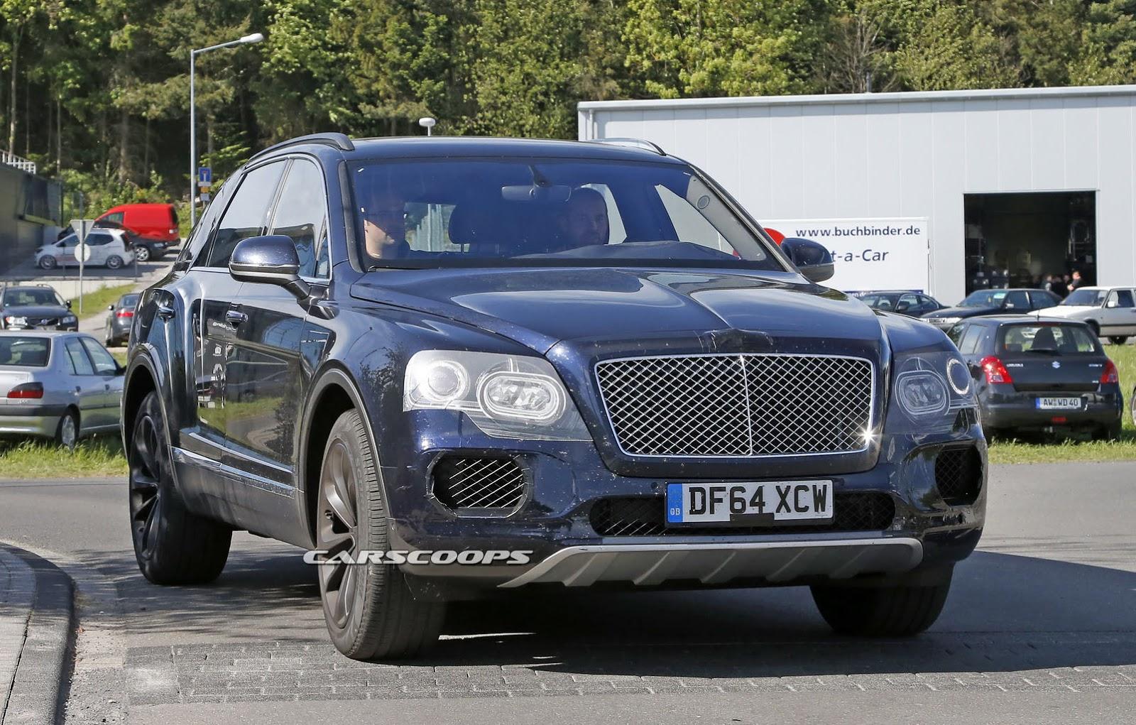 2016 Bentley Bentayga (SUV) 36