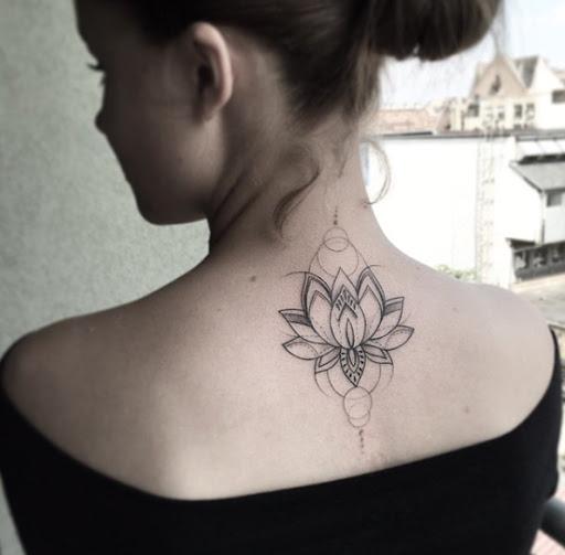 Este geométricas flor de lótus