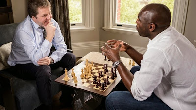 La question people sur les échecs © Chess & Strategy