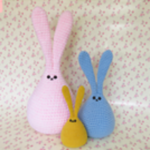 http://www.ravelry.com/patterns/library/bunnies-6
