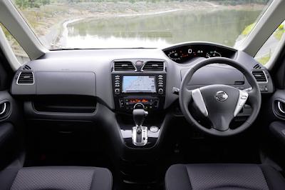 Interior Dashboard Nissan Serena C26 Prefacelift