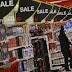 Gasto del consumidor sube en EEUU, inflación retrocede