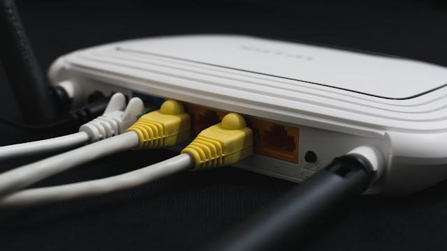 kebutuhan internet bukan menjadi kebutuhan sampingan lagi 24 Tips Memperkuat Sinyal Wifi di Laptop dan Smartphone Ampuh Hingga 100%