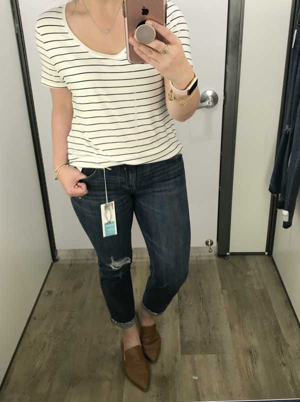 budget friendly denim, old navy jeans, mom style, casual style, north carolina blogger, style on a budget