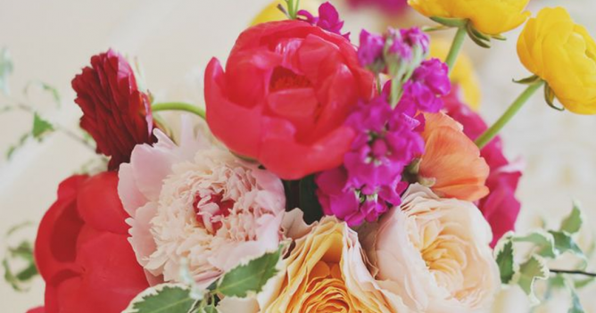 10 Color Inspiring Centerpieces - For Weddings + Parties