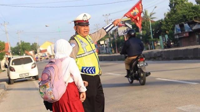 Masyaallah, Bikin Hati Meleleh Mendengar perkataan dan Kejujuran Dari Polisi ini