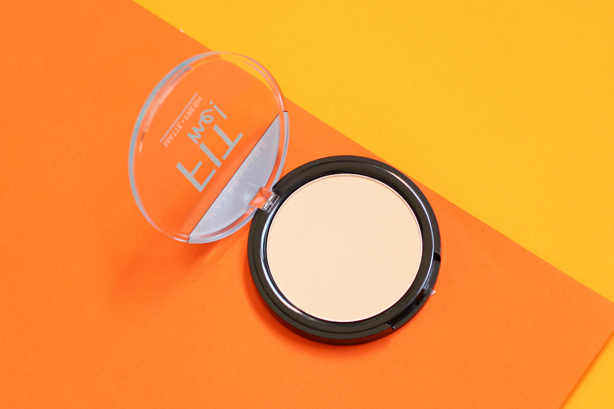Maybelline Fit Me Translucent Pressed Powder Review