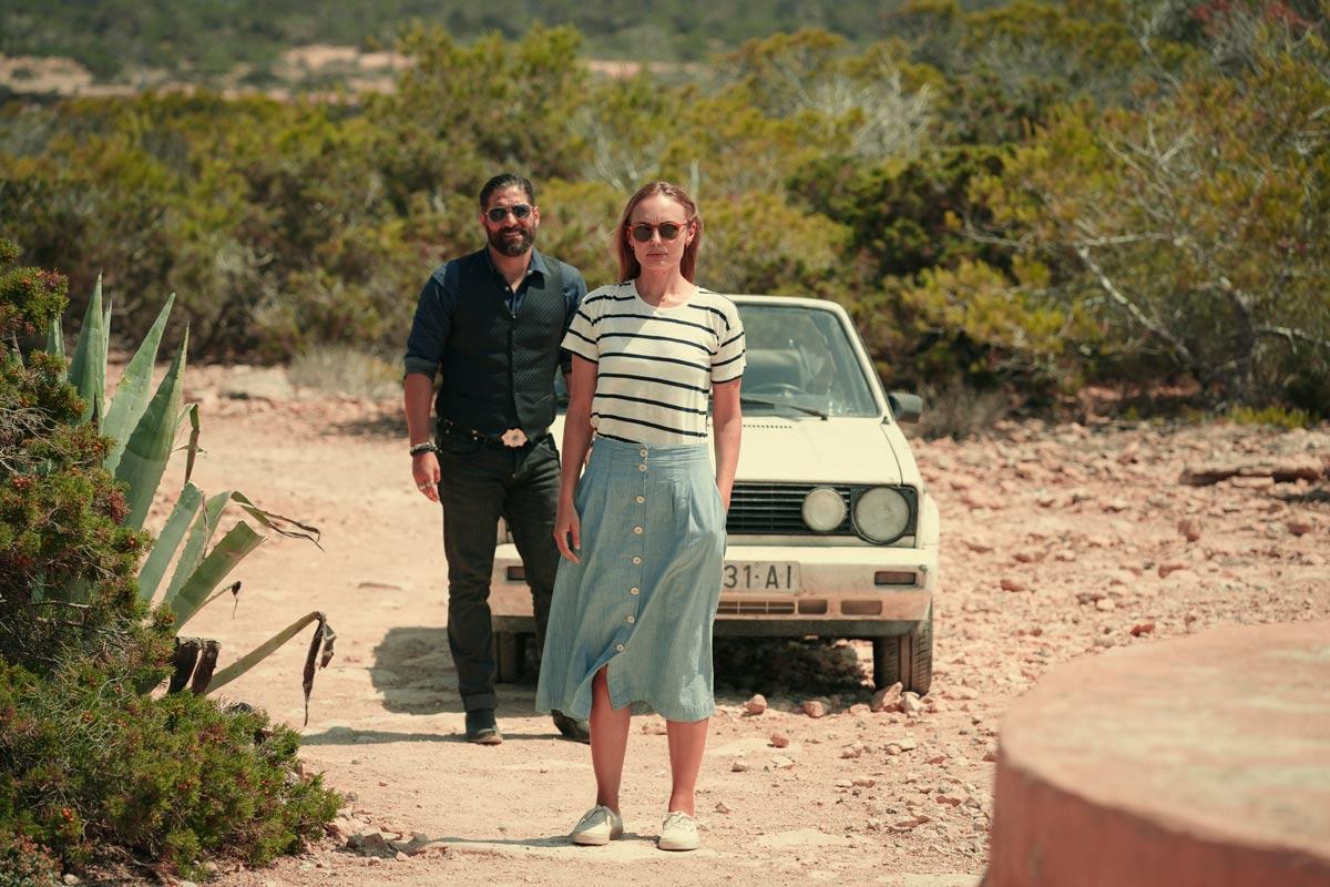 White Lines - Netflix - Laura Haddock y Nuno Lopes