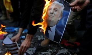 ايران تتهم ترامب بدعم الإحتجاجات ضدها