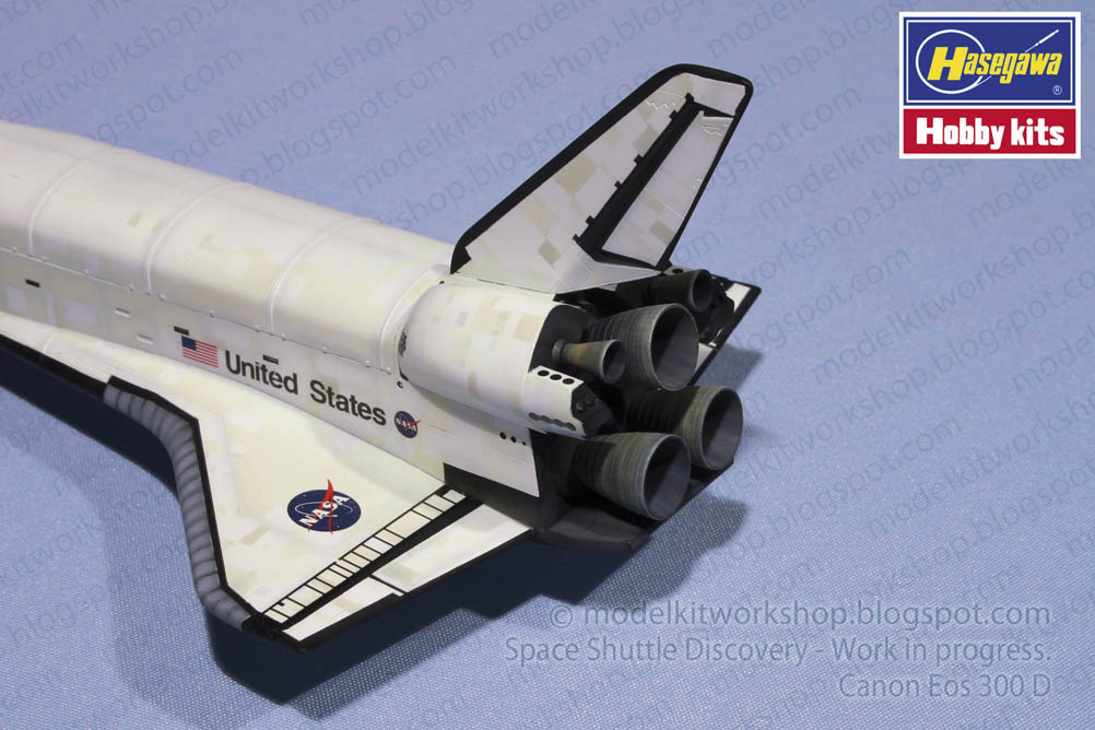 MODELKIT WORKSHOP Space shuttle Discovery Hasegawa 1200