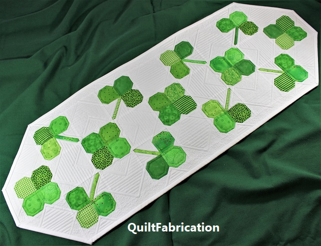 Clover Field Runner by QuiltFabrication