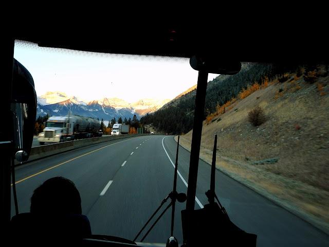 bus a lago louise
