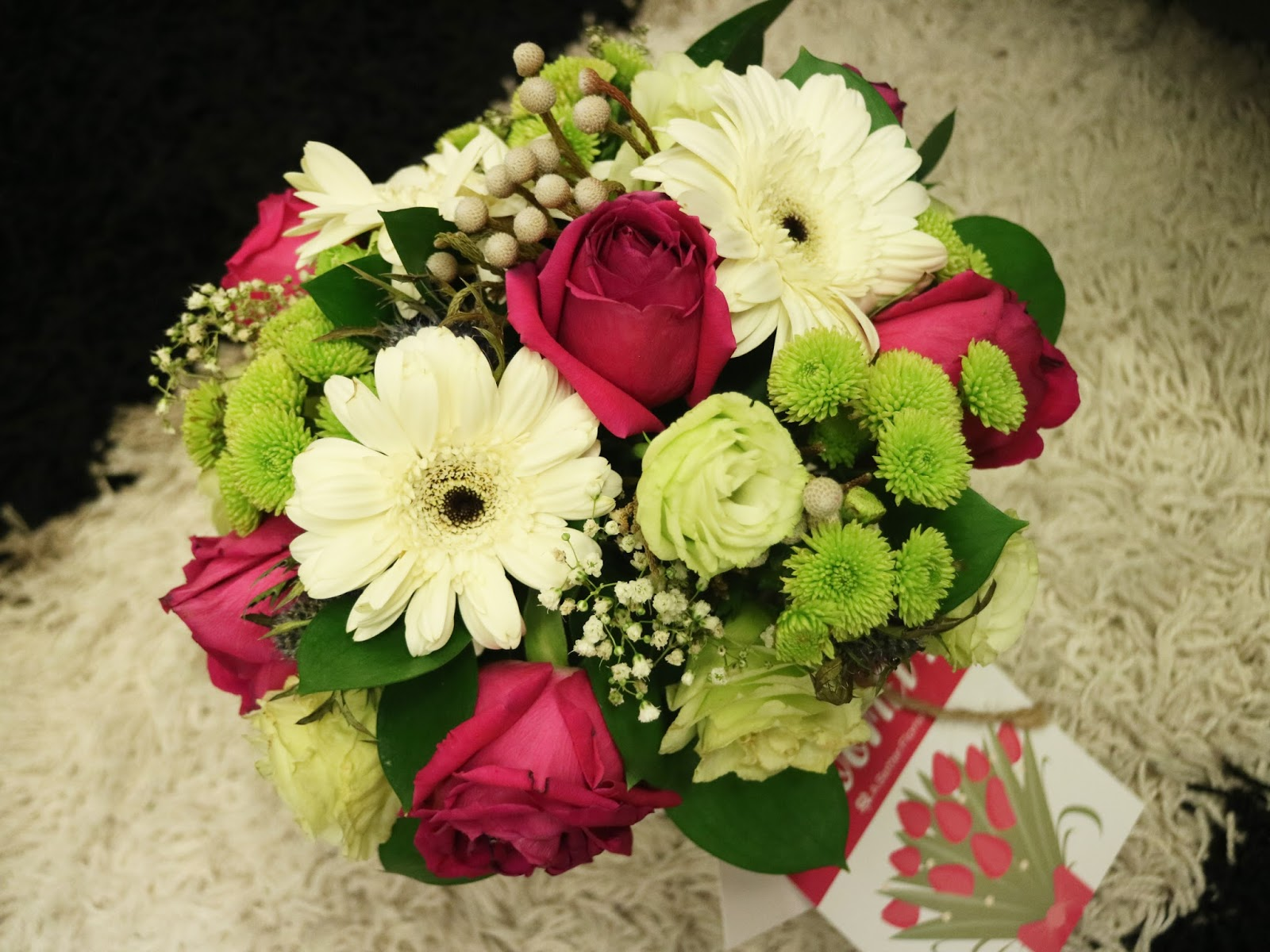 Mons diary singapore food and lifestyle blog a better florist i love the happy and cherry vibe from the white daises combined together with elegance from the hot pink roses its not a typical romantic bouquet of roses izmirmasajfo Choice Image