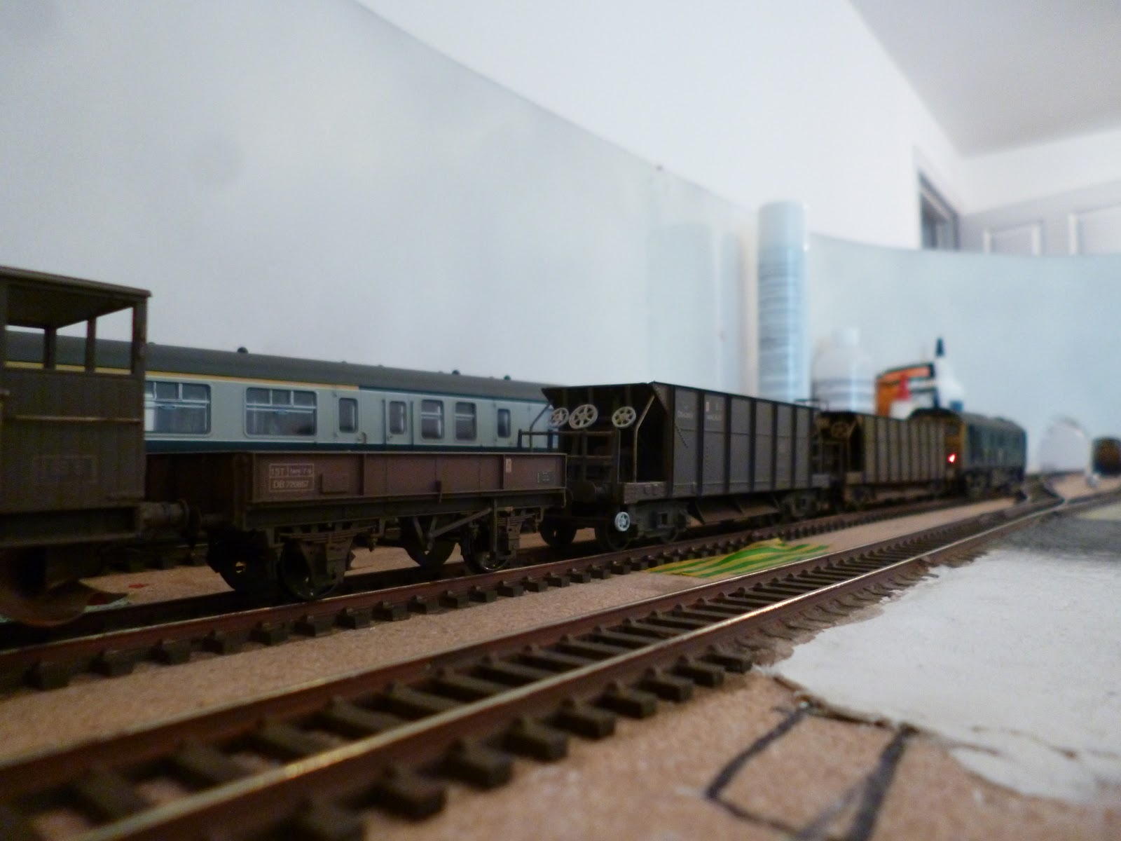 Choppers Railway: Watergate Halt: 13t open wagon and layout ...