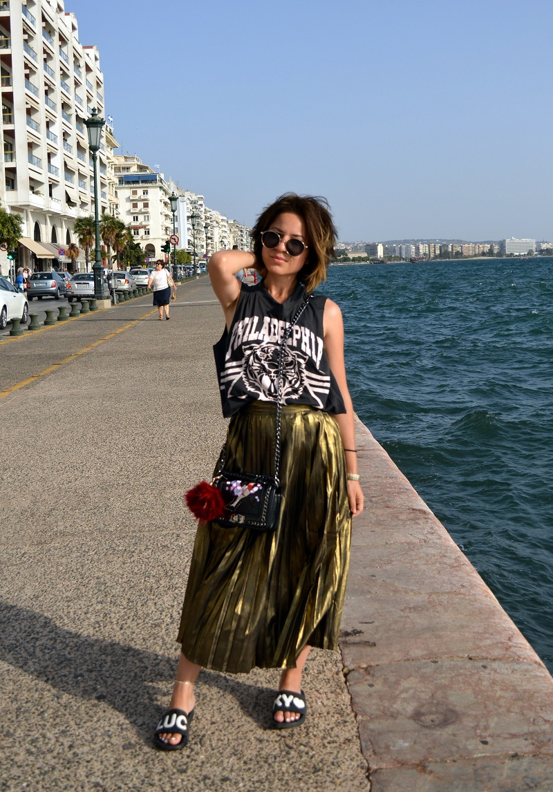 vacation outfit thessaloniki greece
