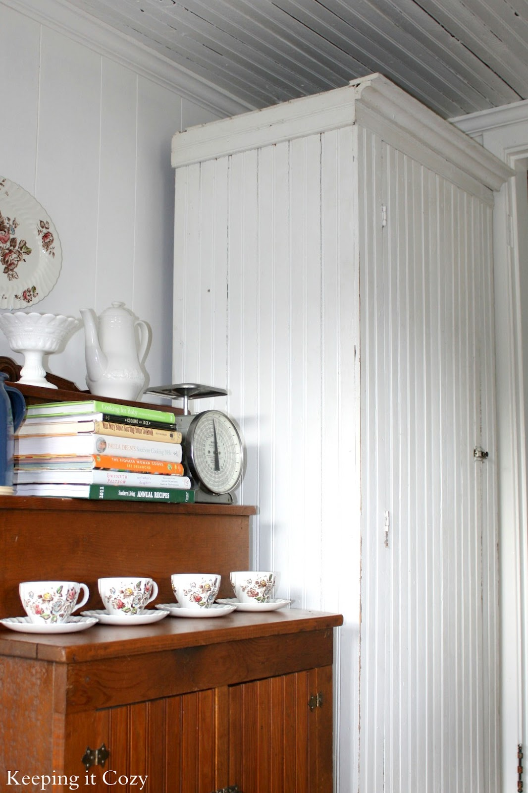 Deens Design Vintage Bank.Keeping It Cozy The Story Of A Country Kitchen