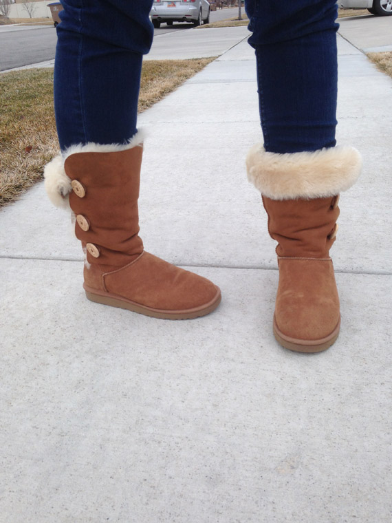 ugg giveaway online shoes ugg boot giveaway pretty providence 9177
