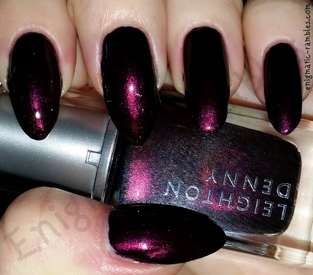 Swatch-Leighton-Denny-Blueberry-Bloom