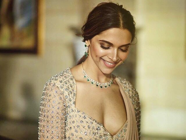 Deepika Padukone Latest Hot Photos, Wallpapers - Beautiful -6852