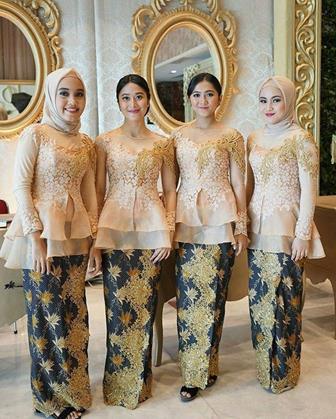 Contoh Baju Batik Kombinasi Brokat Untuk Pesta