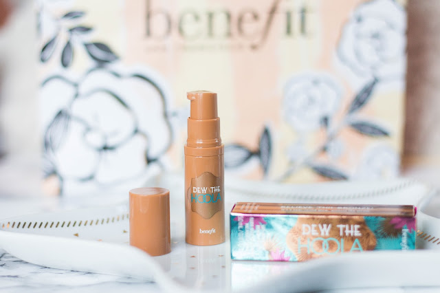 Dew The Hoola Bronzer liquide de Benefit