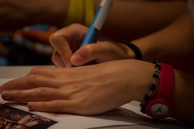 Menulis Status Di Facebook Modal Besar Menjadi Penulis