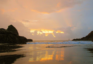 Pantai Payangan (Payangan Beach)