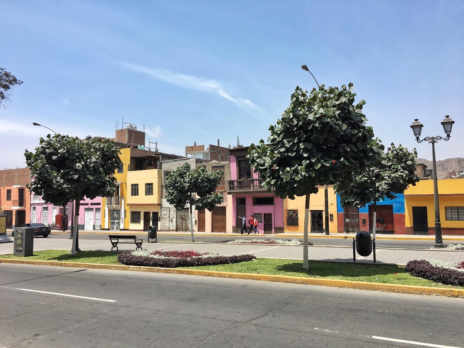 Lima, Peru, ejnets.com