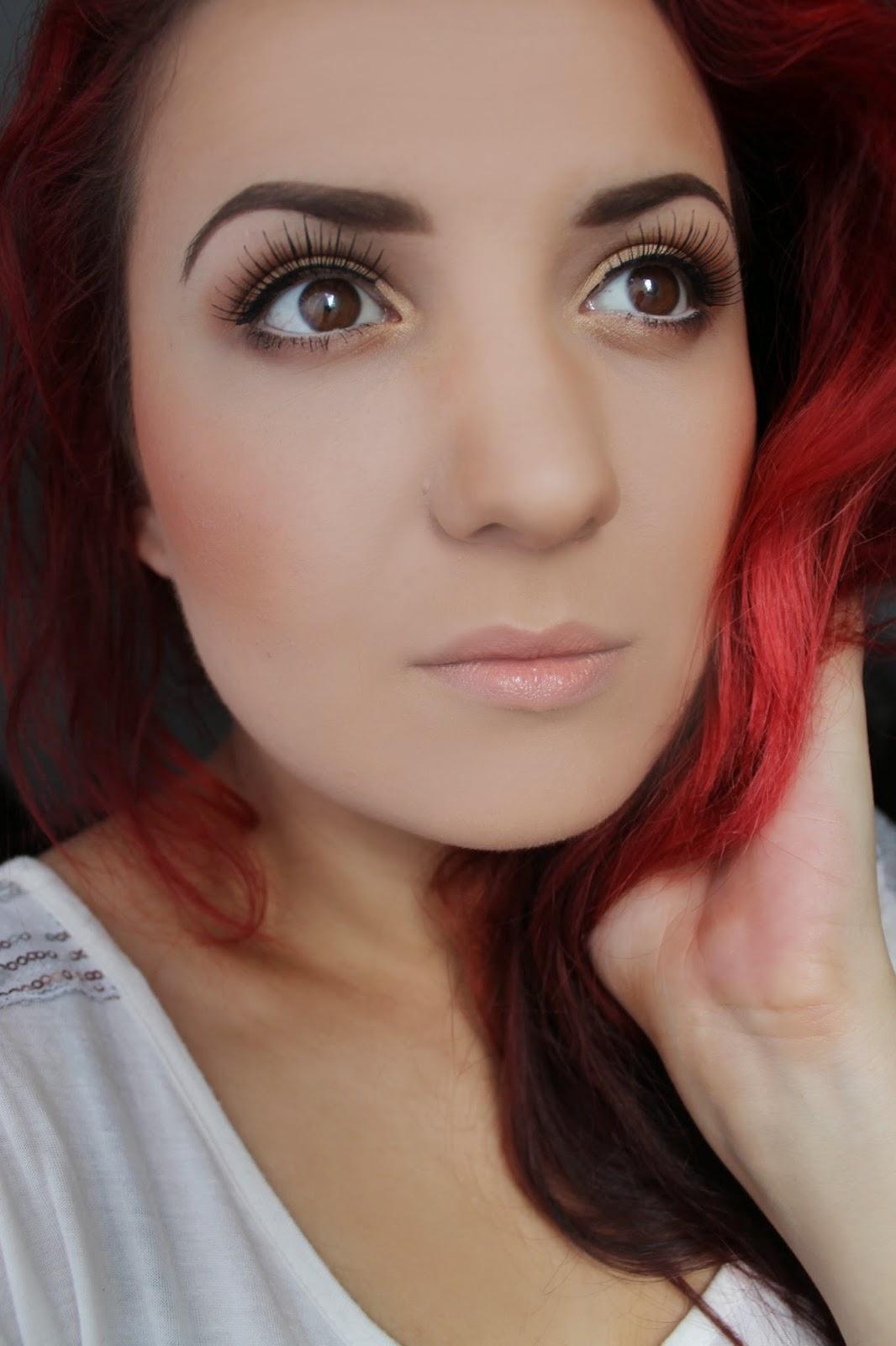 Make Up 4 Everyone: Nudziarz