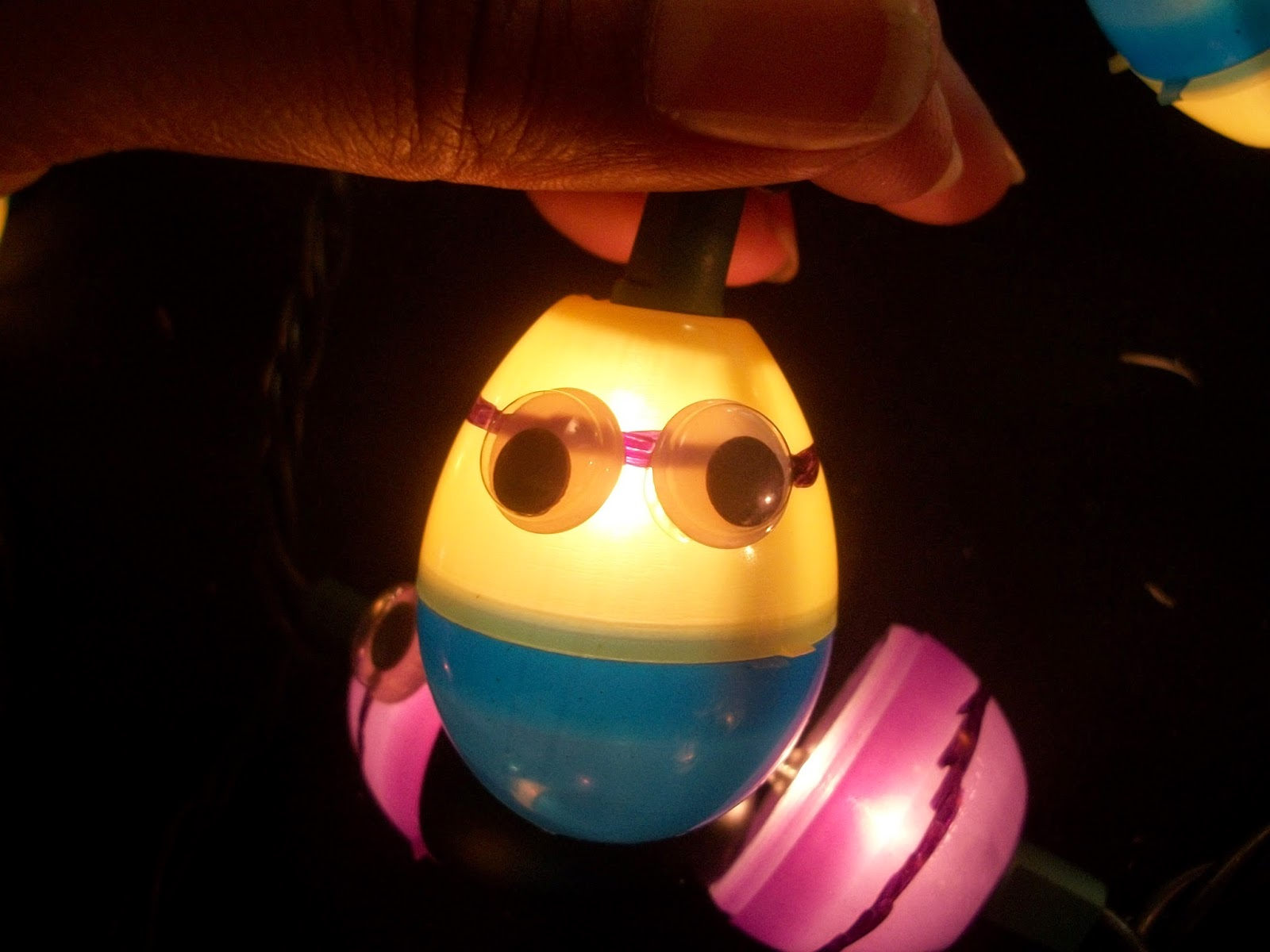 yellow minion light