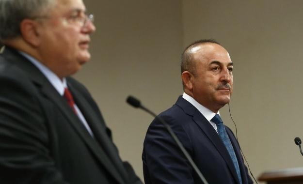"""Τσαβούσογλου: """"Η Τουρκία δεν θέλει την Ελλάδα «ασφαλές καταφύγιο» των πραξικοπηματιών"""""""