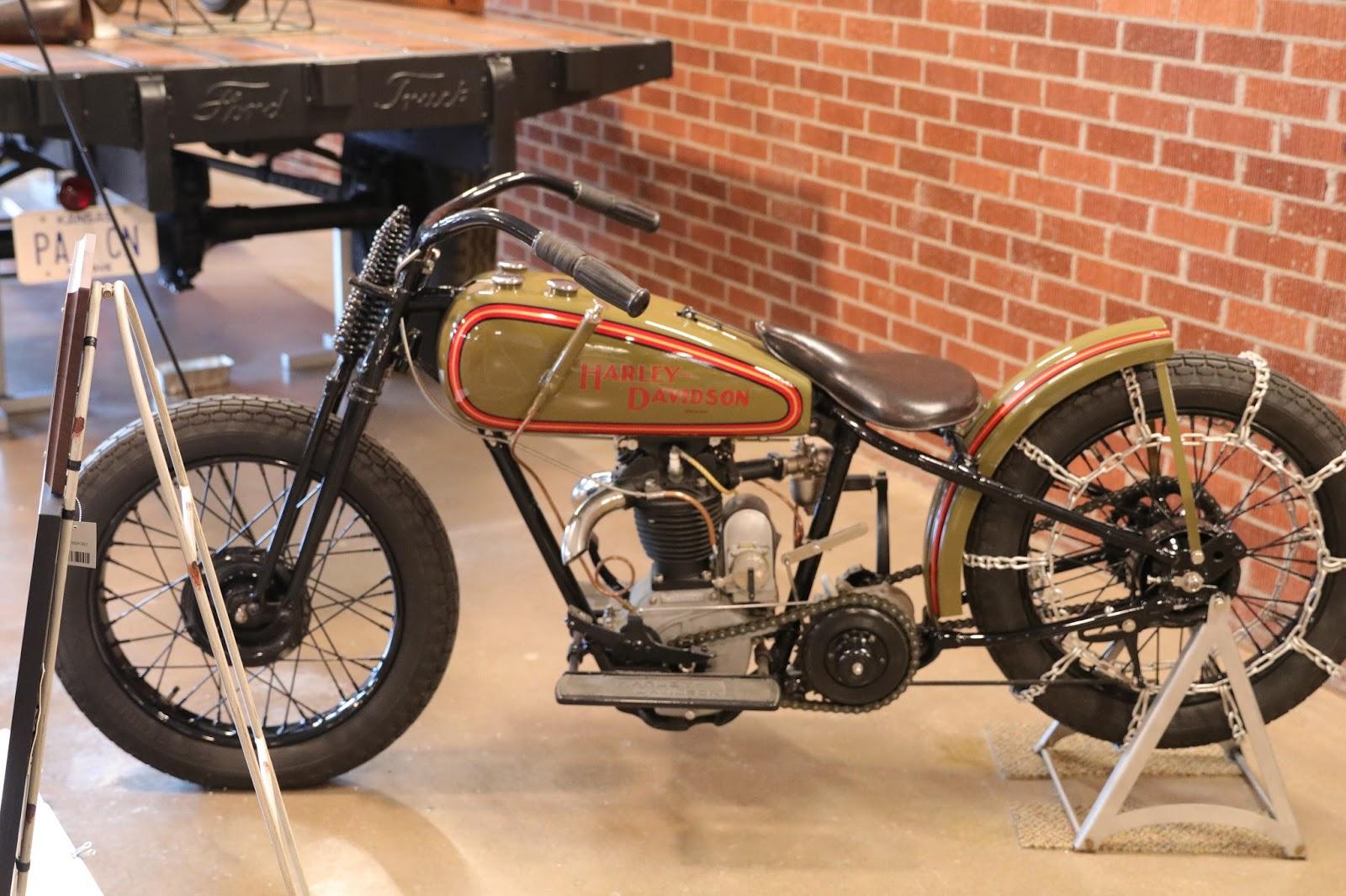 Oldmotodude 1928 Harley Davidson Peashooter Hill Climber