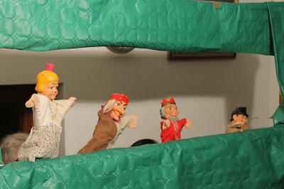 Tarde de marionetas