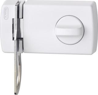 ¿Desea instalar una cerradura de seguridad?