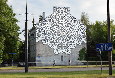 Crochet gigante en la calle - arte tejido