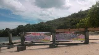 Gubernur TGB Minta Kadis Pariwisata Batalkan Proyek Tambatan Perahu di Pantai Pink