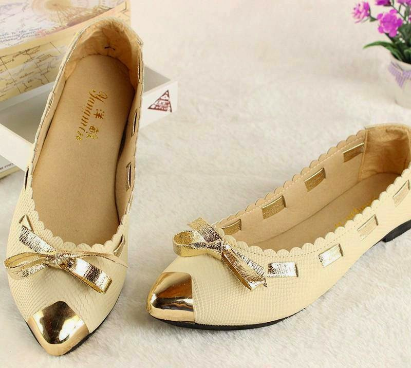 768a00a43af Stylish And Latest Flat Pump Shoes For Young Girls