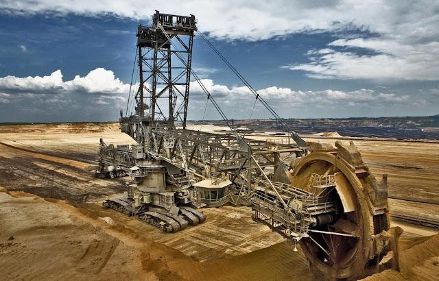 maior escavadeira do mundo