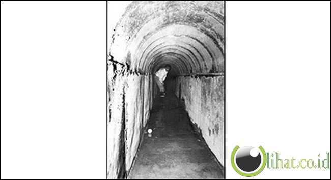 "Terowongan Joaquin ""kerdil"" Guzman $ 1.5m ""James Bond""  - 270 Kaki"