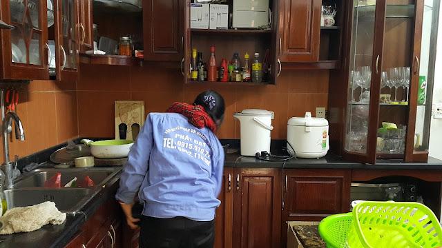 tháo tủ bếp