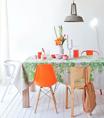Dining Rooms With Mixed Chairs 2