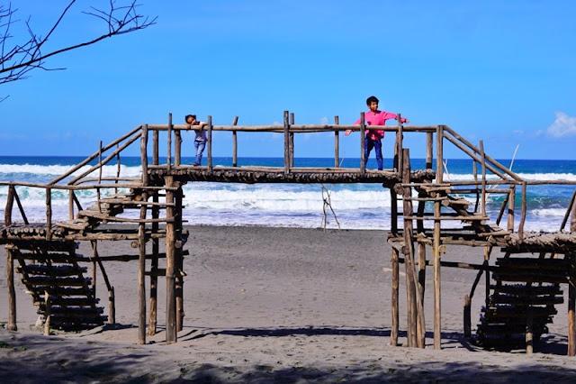 Pantai Cemara Sewu Yogyakarta