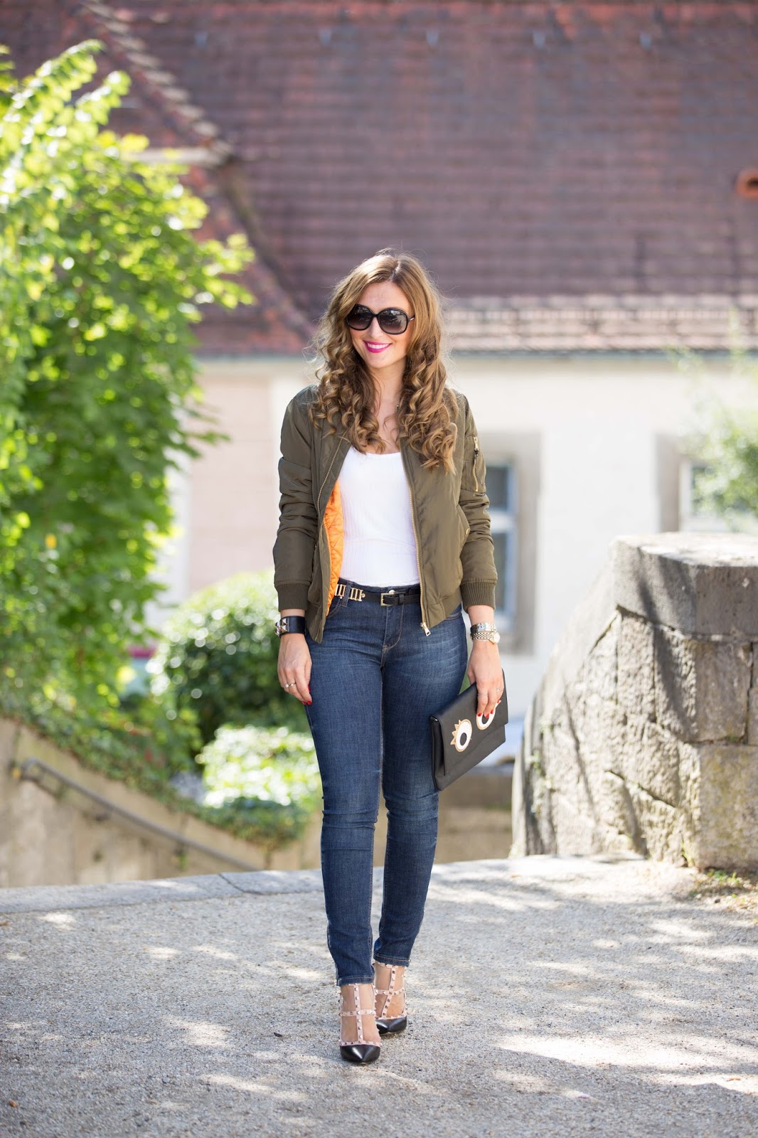 SheinsideFashionstylebyjohanna-fashionblog-frankfurt blogger-fashionblogger-bloggerdeutschland-lifestyleblog-modeblog-frankfurt-germanblogger-styleblog-bundfaltenhose-a-la-streetwear-chic-Khaki Bomberjacke