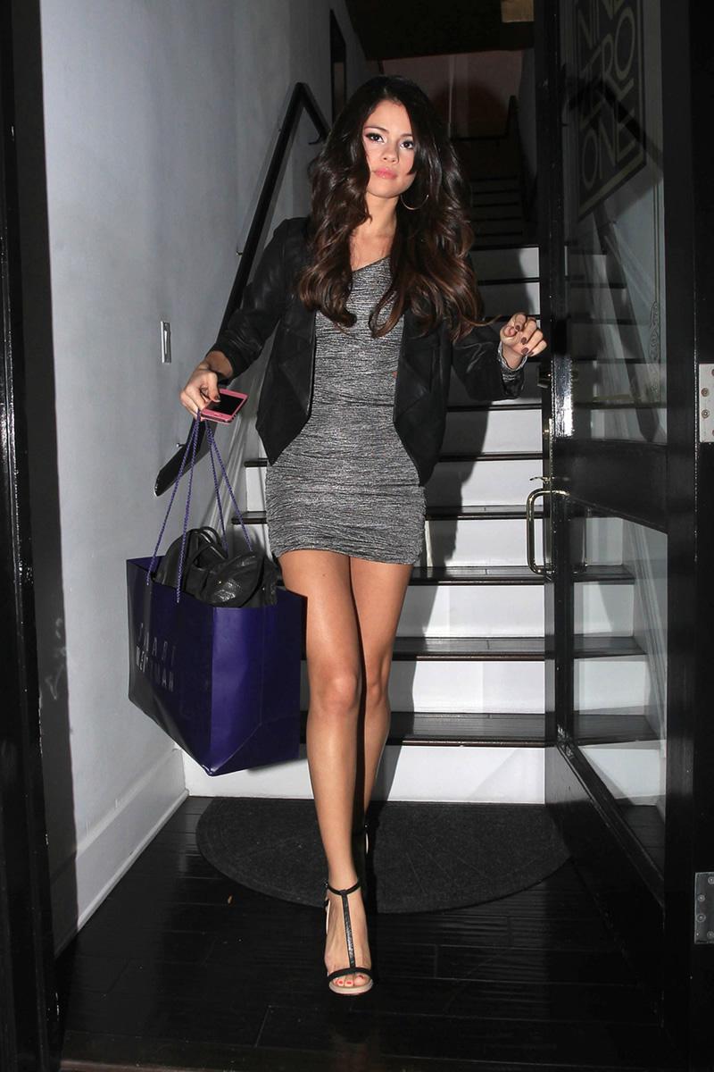Selena Gomez Pantyhose 101