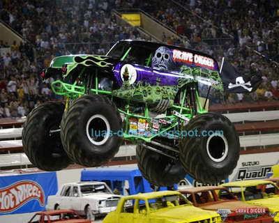 truk monster terbesar