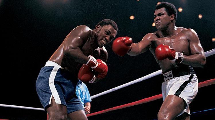 Kisah Hidup Muhammad Ali dan Pertarungannya di Dunia Tinju