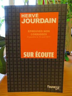 Femme sur écoute de Hervé Jourdain