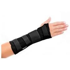 """COMO CUIDAR DO """"PULSO ABERTO. Pulso aberto como cuidar para aliviar a dor, a perda de força na mão e o incômodo que causa no braço.. Pulso aberto expressão  usada para descrever dor na região do pulso. A dor na articulação do pulso pode ter várias causas: traumas, tendinite, digitacao"""