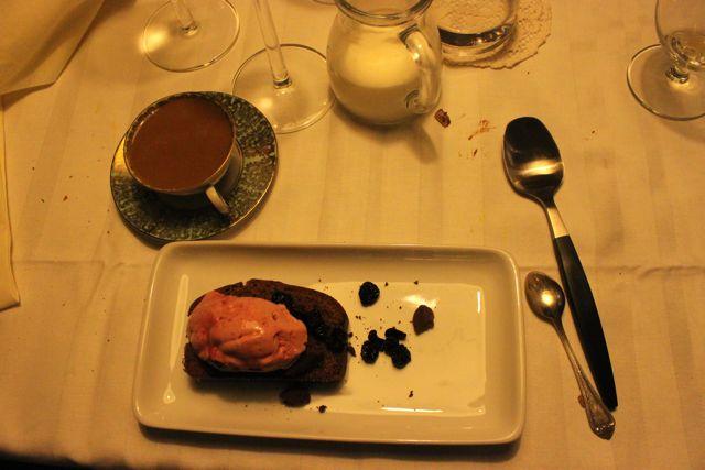linn Soderstrom, Swedish supper club hostess, dinner
