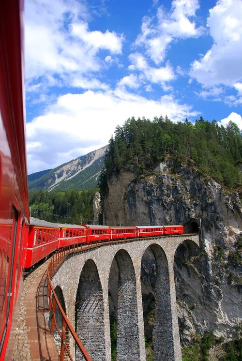 Top 10 Luxury Trains in the World